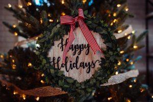 a happy holidays wreath
